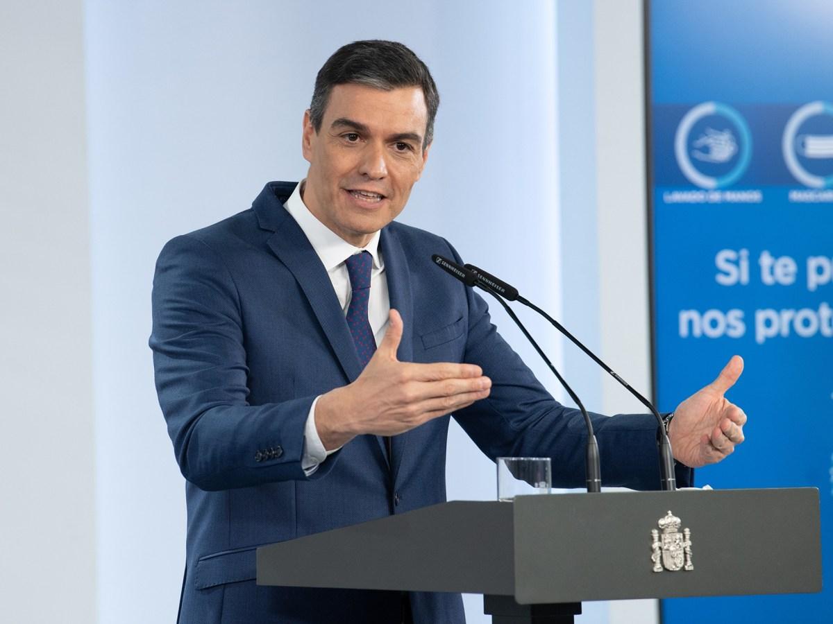 El presidente del Gobierno, Pedro Sánchez, durante la rueda de prensa que ha ofecido para informar sobre el plan diseñado para la gestión y el desarrollo de los fondos europeos de recuperación Next Generation UE